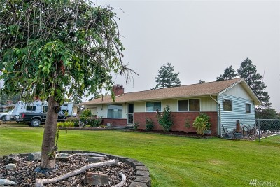 Oak Harbor WA Single Family Home For Sale: $275,000