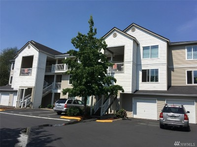 Bothell Condo/Townhouse For Sale: 2009 196 St SE #E 303