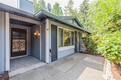 Federal Way Condo/Townhouse For Sale: 500 S 321st St #2A