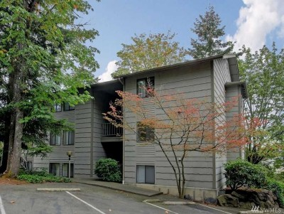 Bellevue Condo/Townhouse For Sale: 12211 Bel-Red Rd #A-103