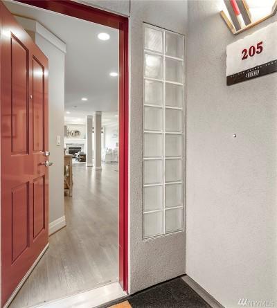 Kirkland Condo/Townhouse For Sale: 221 5th Ave S #E-205