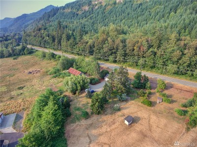 Bellingham Single Family Home For Sale: 832 Old Highway 99 N