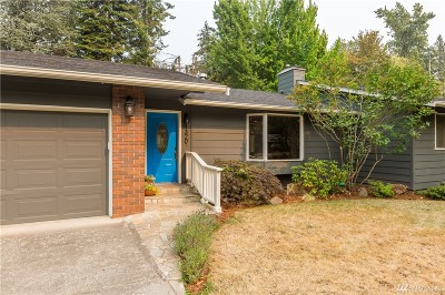 Bellingham Single Family Home For Sale: 1320 Clearbrook Dr