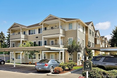 Puyallup Condo/Townhouse For Sale: 13405 97th Ave E #201