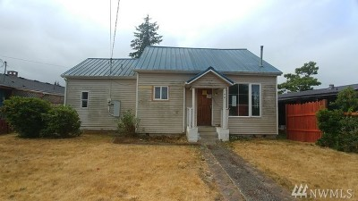 Single Family Home For Sale: 1401 W Young St