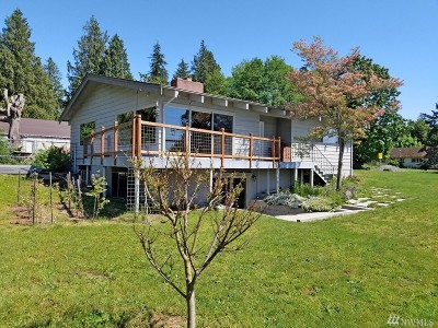 Bellingham Single Family Home For Sale: 2660 Mackenzie