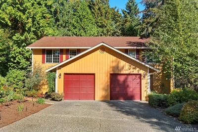 Redmond Single Family Home For Sale: 13704 NE 87th St