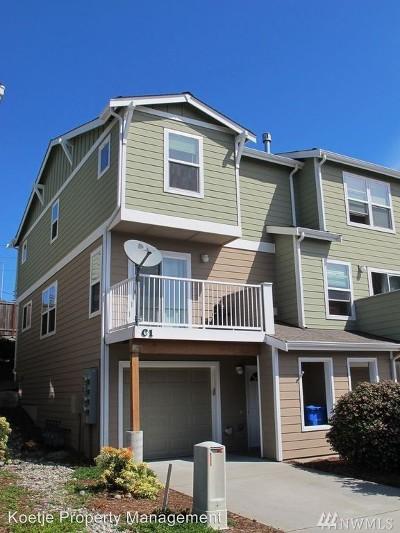Oak Harbor WA Condo/Townhouse For Sale: $245,000