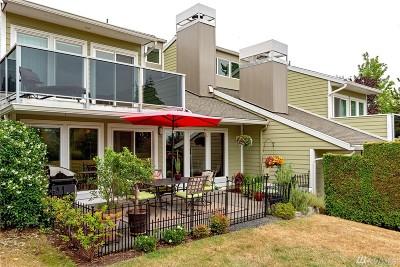Redmond Condo/Townhouse For Sale: 7072 156th Place NE #7072