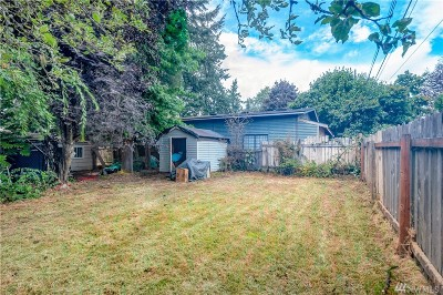 SeaTac Single Family Home For Sale: 2442 S 138th St