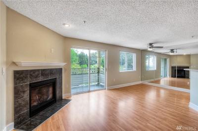Renton Condo/Townhouse For Sale: 10824 SE 170th St #A-201