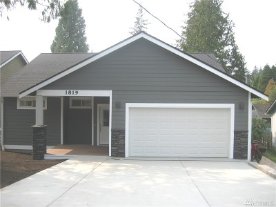 Bellingham Single Family Home For Sale: 1819 Olympic Place