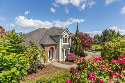 Bellevue Single Family Home For Sale: 5565 168th Place SE