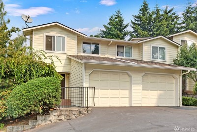 Lynnwood Condo/Townhouse For Sale: 15721 44th St W #B1