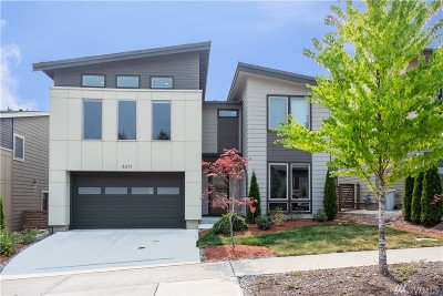 Renton Single Family Home For Sale: 5211 NE 11th Place