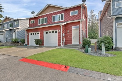 Puyallup Condo/Townhouse For Sale: 6528 127th St Ct E