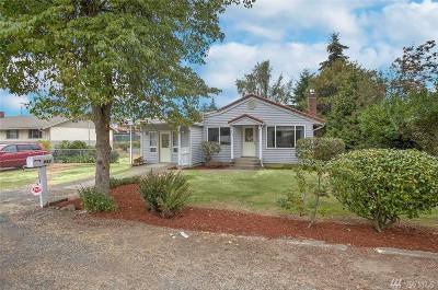 King County Single Family Home For Sale: 832 SW 142nd St