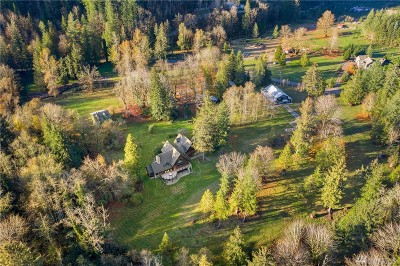 Snoqualmie Single Family Home For Sale: 7160 N Fork Rd SE