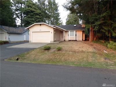 Olympia Single Family Home For Sale: 10110 Whitecap Dr