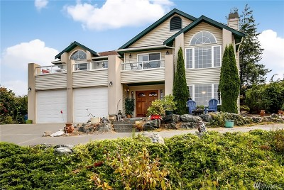 Skagit County Single Family Home For Sale: 4611 Camano Place
