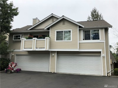 Bothell Condo/Townhouse For Sale: 1522 196th St SE #C105