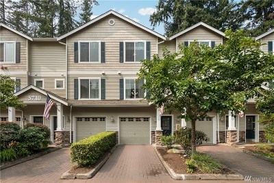 Lynnwood Condo/Townhouse For Sale: 5710 198th St SW #D