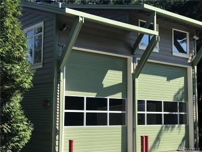 Kirkland Single Family Home For Sale: 8411 NE 141st St
