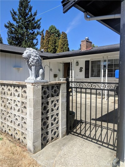 Single Family Home For Sale: 5425 N 10th St