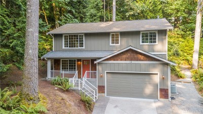 Bellingham Single Family Home For Sale: 18 Green Hill Rd