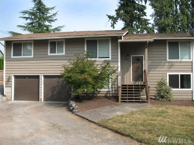 Lynnwood Single Family Home For Sale: 4033 Serene Wy