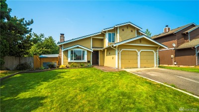 Single Family Home For Sale: 2107 148th St E