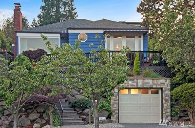 Seattle Single Family Home For Sale: 2111 26th Ave W