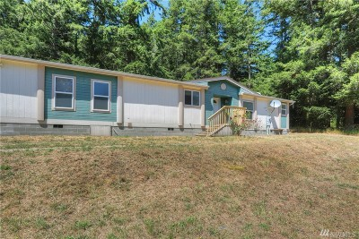 Oak Harbor WA Single Family Home For Sale: $299,000