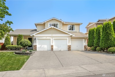 King County Single Family Home For Sale: 5712 Hazel Ave SE