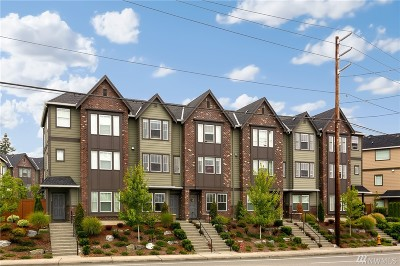 Everett Condo/Townhouse For Sale: 11222 19th Dr SE