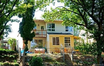 Seattle Single Family Home For Sale: 9105 Rainier Ave S