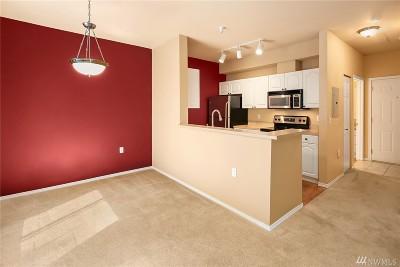 Renton Condo/Townhouse For Sale: 801 Rainier Ave N #G333
