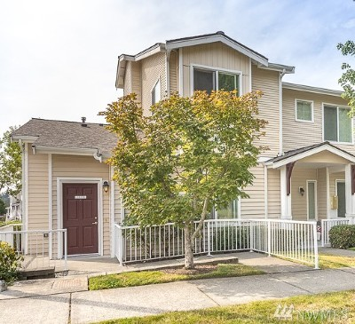Bothell Condo/Townhouse For Sale: 14915 38th Dr SE #O1133