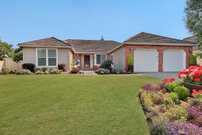 Single Family Home For Sale: 4425 Nassau Ave NE
