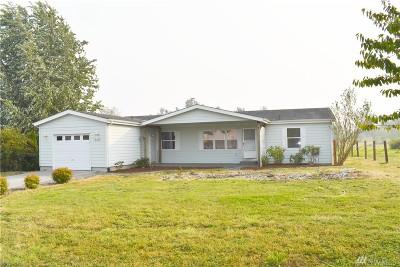 Blaine Single Family Home For Sale: 5529 Bay Ridge Dr