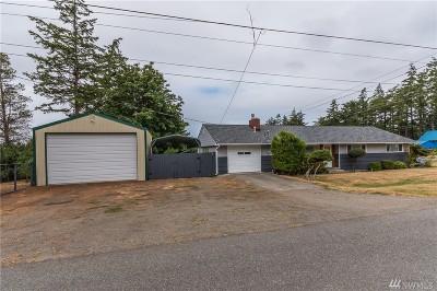 Oak Harbor Single Family Home For Sale: 481 NE Ronhaar St