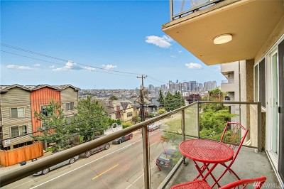 Condo/Townhouse For Sale: 1525 Taylor Ave N #302