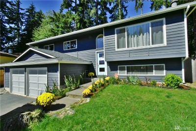 Kirkland Single Family Home For Sale: 12414 NE 137th Place