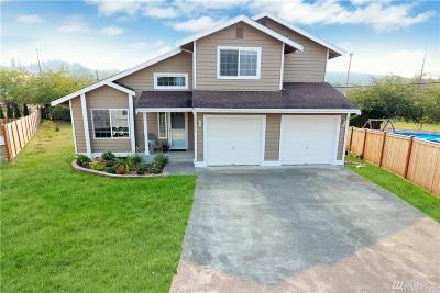 Black Diamond Single Family Home For Sale: 32526 McKay Lane