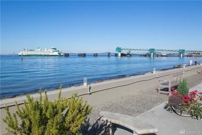 Edmonds Condo/Townhouse For Sale: 200 Beach Place #102