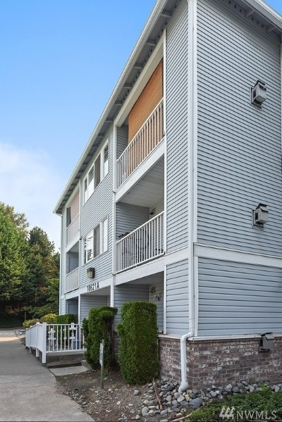 Monroe Condo/Townhouse For Sale: 18621 Blueberry Lane #A 306
