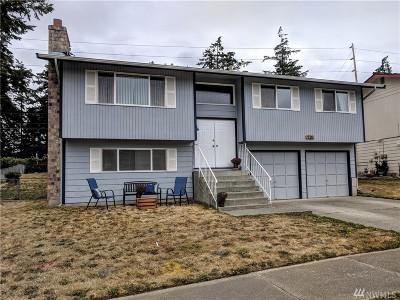 Oak Harbor Single Family Home Sold: 720 NW Hyak Dr