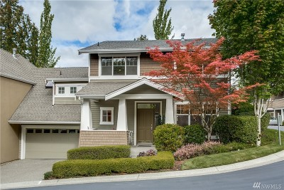 Bellevue Condo/Townhouse For Sale: 6457 SE Cougar Mountain Wy