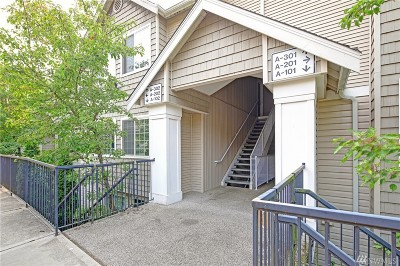 Seattle Condo/Townhouse For Sale: 7035 S 133rd St #A101