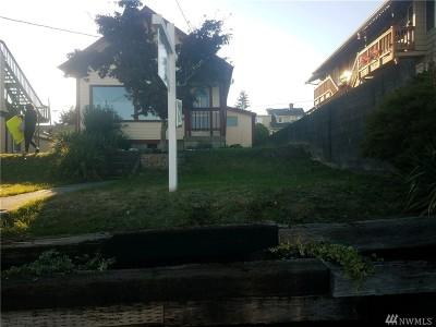 Everett Single Family Home For Sale: 2726 Pine St